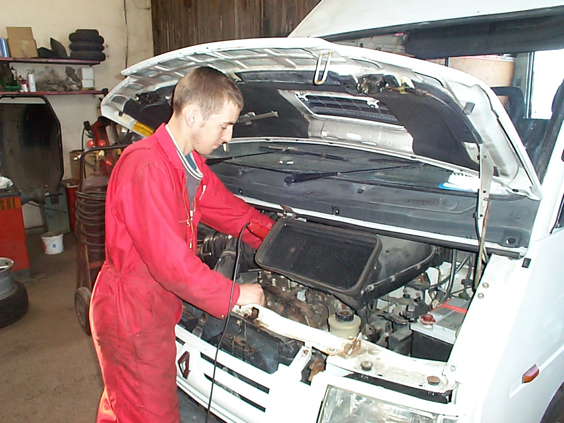 Cheapest Land Rover Parts in London